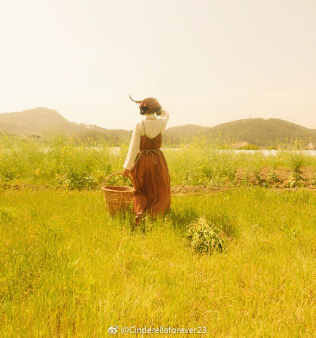 Ngôi nhà trên núi đẹp như tranh vẽ và cuộc sống bình lặng của cô gái tự nhận mình là cô bé Lọ Lem - Ảnh 13.
