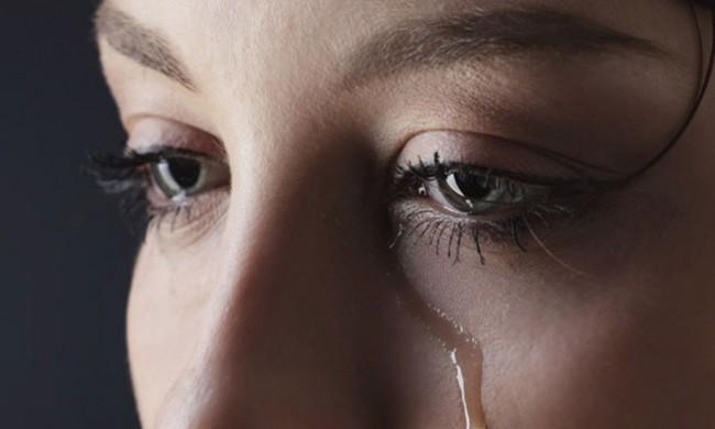 Chủ quan bỏ qua những dấu hiệu bất thường ở mắt dưới đây khiến bạn gặp phải hàng loạt vấn đề sức khỏe nghiêm trọng - Ảnh 1.