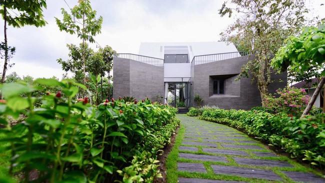 Nhà vườn đẹp như châu Âu rộng 500m² ở Long An của ca sĩ Cao Thái Sơn - Ảnh 15.
