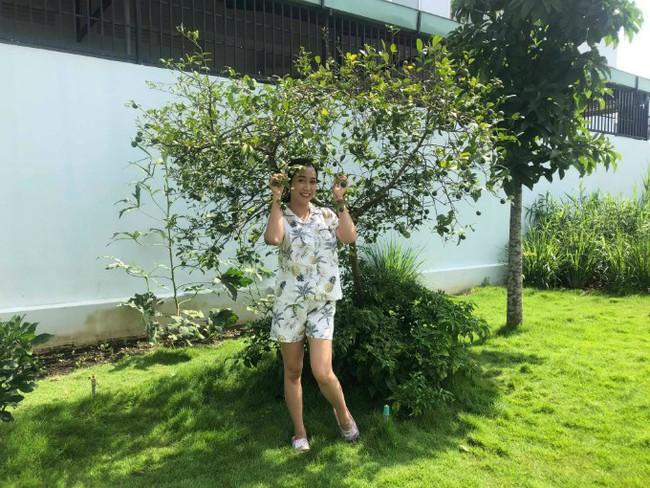 Vườn rau xanh tươi mơn mởn trong biệt thự tiền tỷ do chồng Ốc Thanh Vân trồng tặng 4 mẹ con - Ảnh 4.