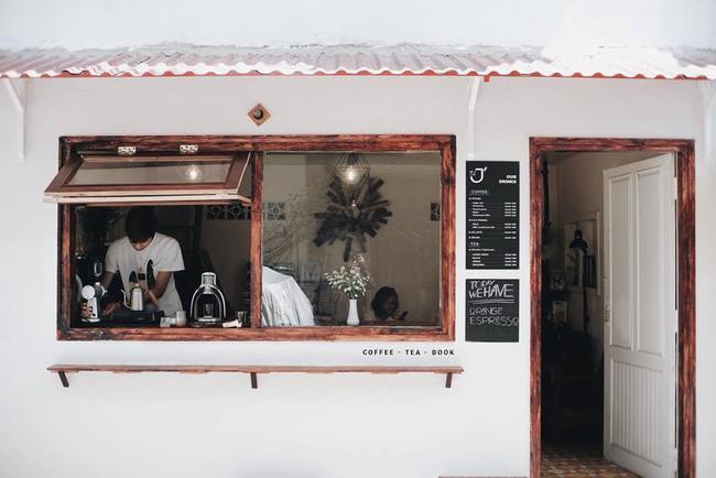 3 quán cà phê mới toanh ở Đà Lạt: Đi 1 lần chụp ảnh sống ảo dùng cả năm - Ảnh 2.