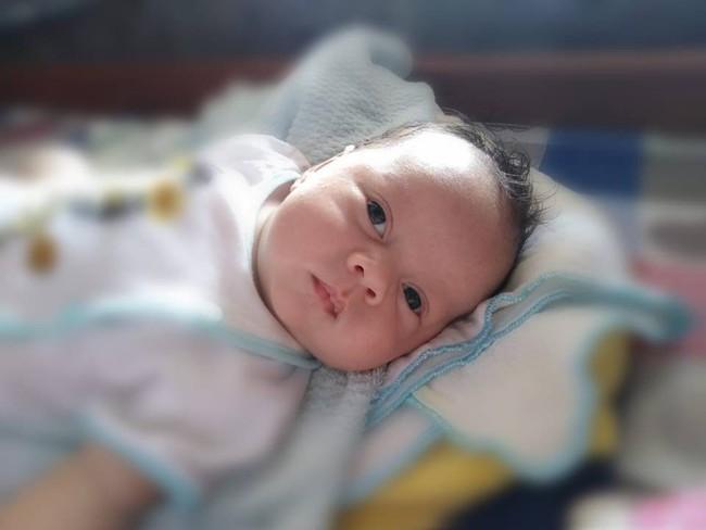 Bất chấp cảnh báo của bác sĩ Nguy hiểm lắm!, mẹ đã quyết giữ con dù mới sinh mổ được 7 tháng  - Ảnh 4.