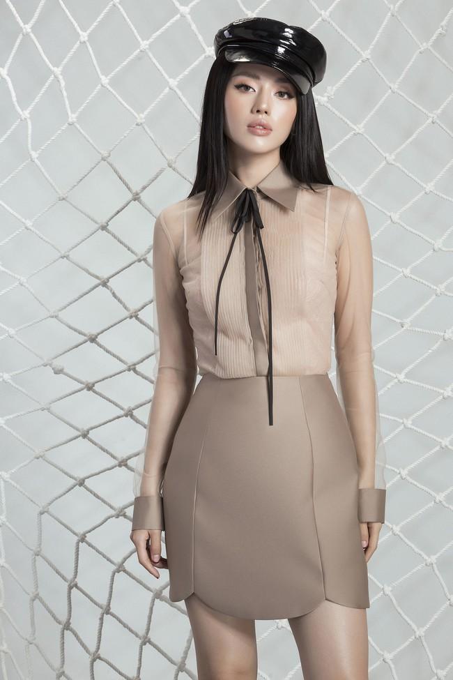 Khánh Linh The Face lại khoe váy áo sang chảnh sau khi được lên tạp chí nước ngoài vì mặc đẹp - Ảnh 16.