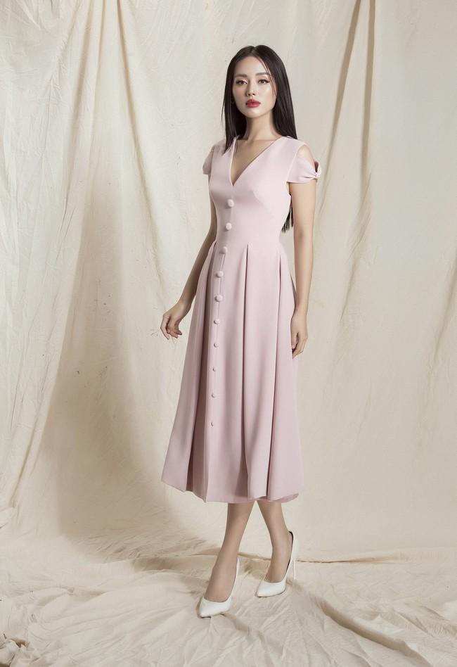 Khánh Linh The Face lại khoe váy áo sang chảnh sau khi được lên tạp chí nước ngoài vì mặc đẹp - Ảnh 4.