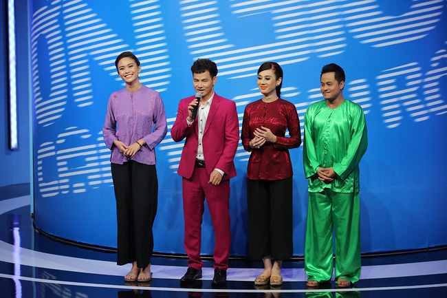 Mải mê giành thị tẩm, Trấn Thành - Lâm Khánh Chi nhảy múa đến mức bung giày cao gót  - Ảnh 9.