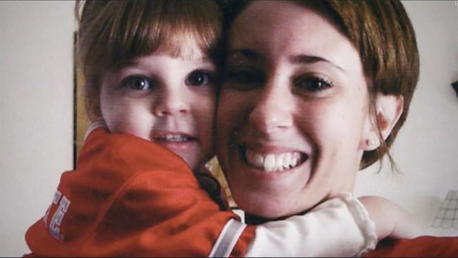Bà mẹ bị ghét nhất nước Mỹ: Con gái mất tích 1 tháng vẫn tiệc tùng nhảy nhót thâu đêm và bản án khiến triệu người phẫn nộ - Ảnh 7.