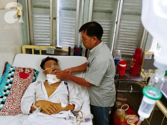 Từ 1 vết loét nhỏ trong miệng, chàng trai 19 tuổi bàng hoàng khi biết mình là bệnh nhân trẻ nhất bị ung thư lưỡi - Ảnh 2.