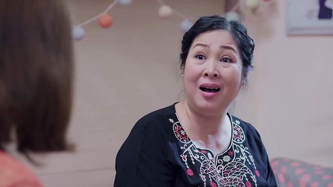 Gạo nếp gạo tẻ: Bà Mai cũng choáng vì Hân mất sạch tự trọng, bắt Kiệt trả tiền nuôi con còn mình đi ngoại tình - Ảnh 7.