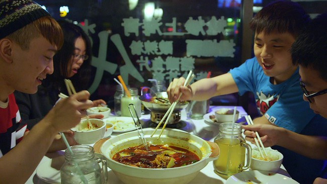 Bộ quy tắc ứng xử cần nhớ khi dùng ăn uống ở Hong Kong - Ảnh 2.