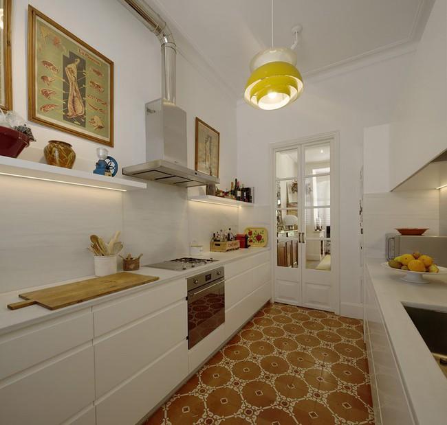 Căn hộ được cải tạo đẹp bất ngờ dù chỉ tận dụng lại toàn nội thất cũ - Ảnh 5.