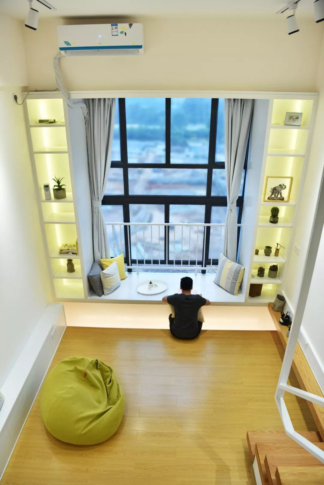Căn hộ 52m² đẹp ấn tượng với cách bố trí nội thất giật cấp của vợ chồng trẻ - Ảnh 2.