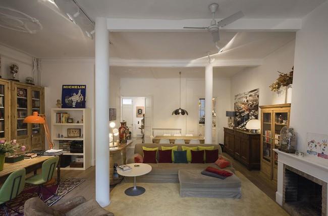 Căn hộ được cải tạo đẹp bất ngờ dù chỉ tận dụng lại toàn nội thất cũ - Ảnh 1.