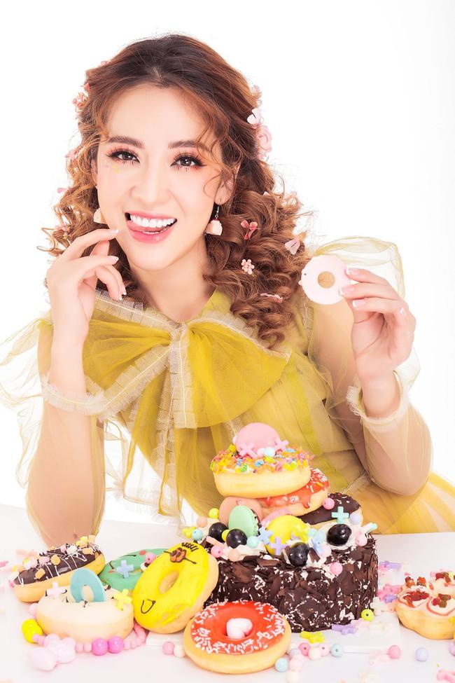 Em gái Công Gạo nếp gạo tẻ - Puka quậy tưng bừng trong sinh nhật vàng tươi  - Ảnh 2.