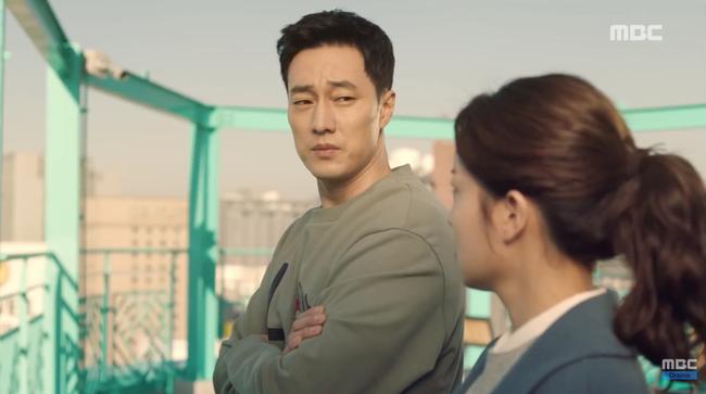 Chăm sóc kẻ thù tận tình như nuôi vợ đẻ, So Ji Sub khiến fan hoang mang: Ai mới là nữ chính? - Ảnh 11.