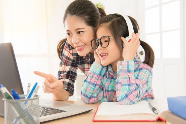 Chuyên gia ngôn ngữ gợi ý 8 mẹo đơn giản giúp trẻ học ngoại ngữ giỏi từ nhỏ - Ảnh 3.