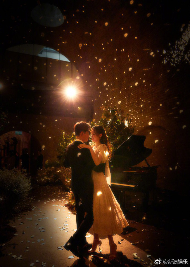 Đường Yên - La Tấn xuất hiện trong khung cảnh đẹp như mơ của tiệc tiền đám cưới - Ảnh 3.