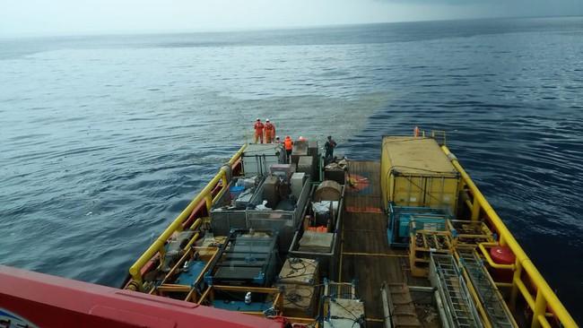 Hiện trường thảm khốc vụ máy bay chở 189 hành khách rơi xuống biển ở Indonesia, thi thể hành khách đầu tiên được tìm thấy - Ảnh 7.