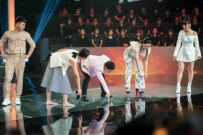Lê Lộc phục thù cho mẹ Lê Giang, thẳng tay vứt giày cao gót để đấu với cậu mình - Ảnh 9.