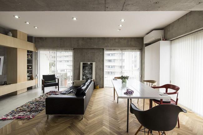 Ấn tượng với cách cải tạo căn hộ ở Nhật Bản với cửa xoay, tường kính và kết cấu đa dạng - Ảnh 6.