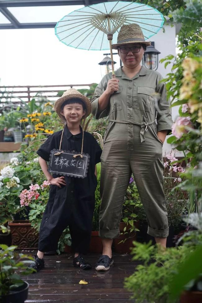 Bà mẹ đơn thân cùng con gái 5 tuổi dành trọn hai năm để biến sân thượng thành khu vườn đẹp như cổ tích - Ảnh 8.