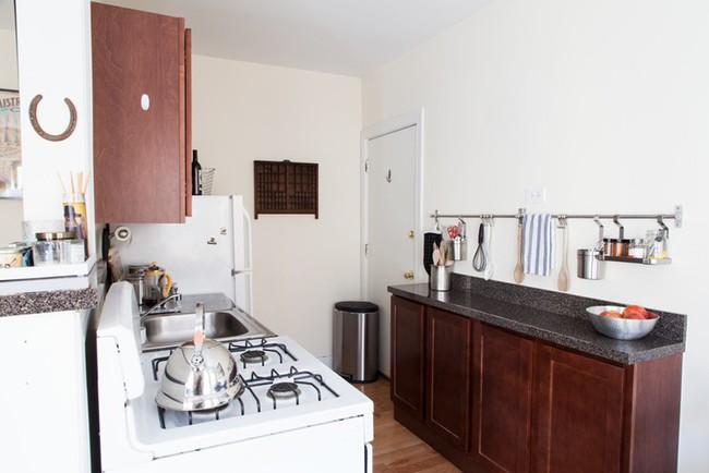 Căn hộ 32m² của cô nàng mê nấu ăn đến nỗi dành nửa diện tích nhà để làm bếp - Ảnh 12.