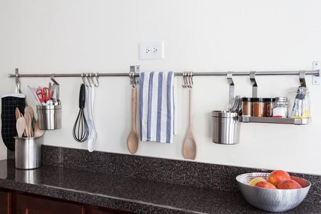 Căn hộ 32m² của cô nàng mê nấu ăn đến nỗi dành nửa diện tích nhà để làm bếp - Ảnh 14.
