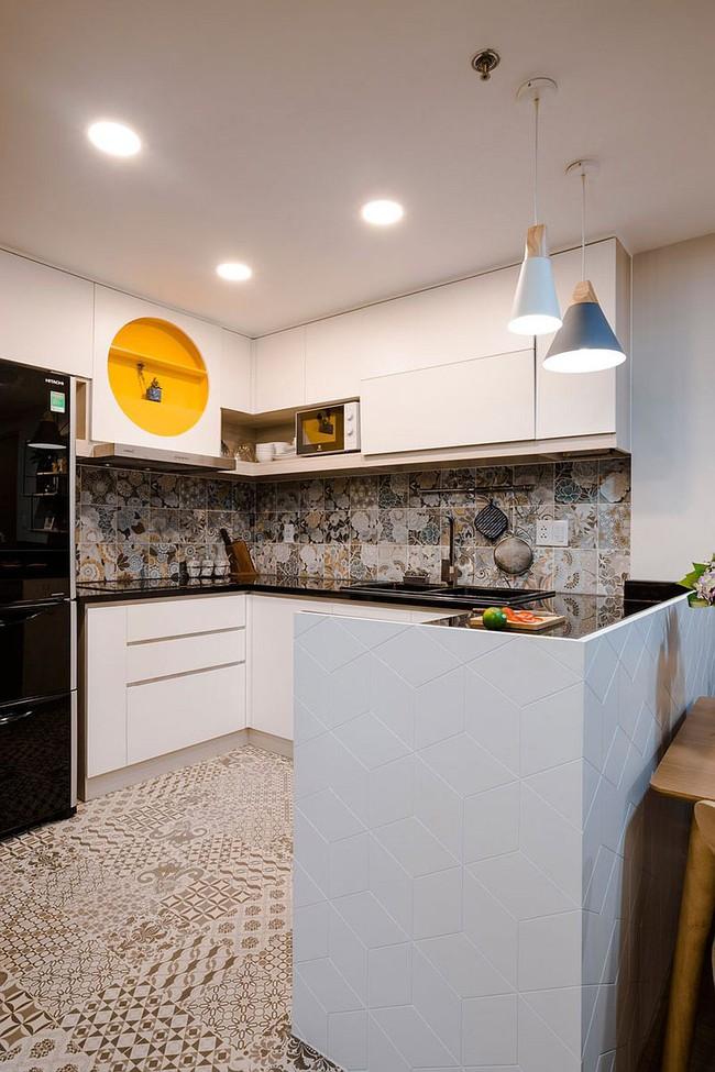 Căn hộ nhỏ 60m² màu vàng - lam đầy cảm hứng của bà mẹ đơn thân ở Sài Gòn - Ảnh 5.