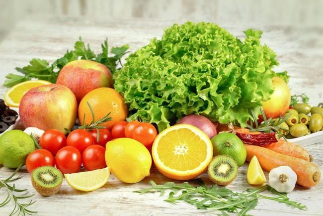 Để phòng chống ung thư tốt nhất: Chuyên gia khẳng định không được bỏ qua điều này trong thói quen ăn uống - Ảnh 2.