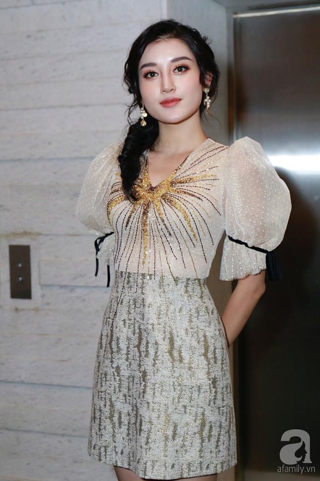 Người tình tin đồn của An Nguy cùng Á hậu Huyền My và dàn phụ dâu xuất hiện tại tiệc cưới Lan Khuê - Tuấn John - Ảnh 2.