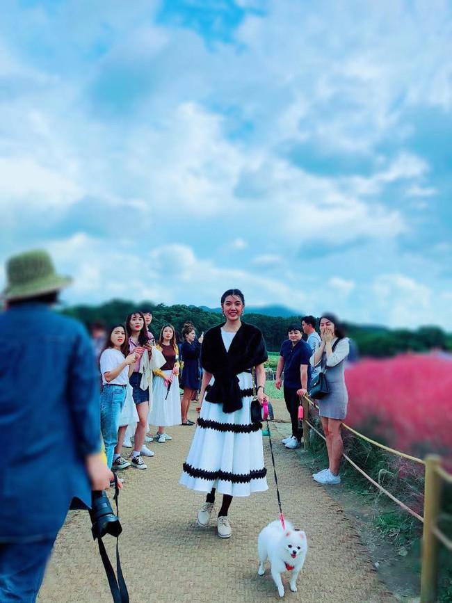 Phản ứng bất ngờ của Thúy Vân giữa lúc tình cũ đại gia làm đám cưới với bạn thân Lan Khuê - Ảnh 3.