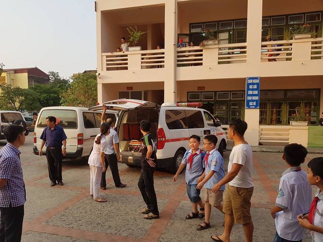 Vụ hàng trăm học sinh ở Ninh Bình nghi ngộ độc: Ruốc gà có mùi kinh lắm con không ăn - Ảnh 5.