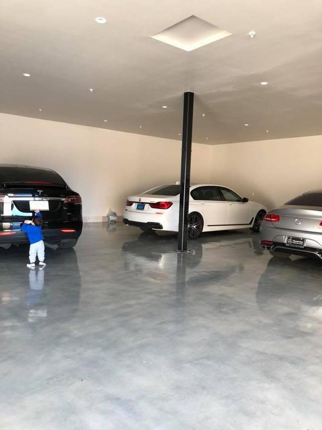 """""""Richkid"""" chính hiệu của Vbiz : Sống trong biệt thự triệu đô, được tặng xe hơi mừng sinh nhật - Ảnh 1."""
