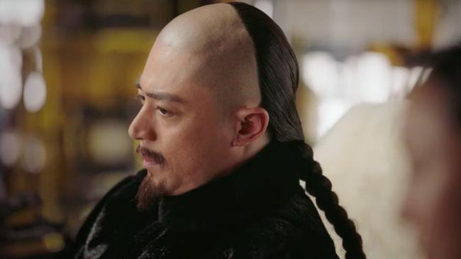 Đau đớn cùng cực: Trọn bộ cảnh ôm cứu mạng khiến Lăng Vân Triệt bị thiến, Như Ý - Châu Tấn phẫn uất cắt tóc tự sát  - Ảnh 10.