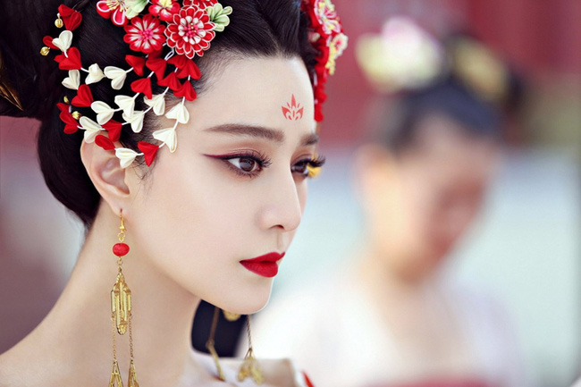 Châu Tấn gây sốt với Như Ý truyện, fan gọi tên Phạm Băng Băng: Cảm ơn chị vì đã không nhận vai nữ chính!  - Ảnh 3.