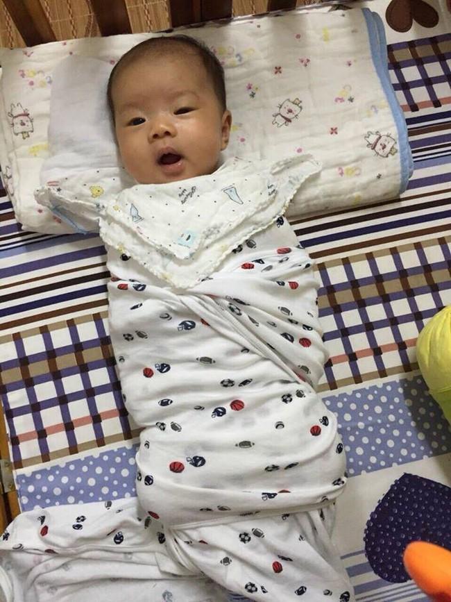 Luyện con tự ngủ từ 9 ngày tuổi, sau đúng 1 tuần mẹ 9x đã giúp con vào nếp tốt như chiếc đồng hồ báo thức - Ảnh 1.