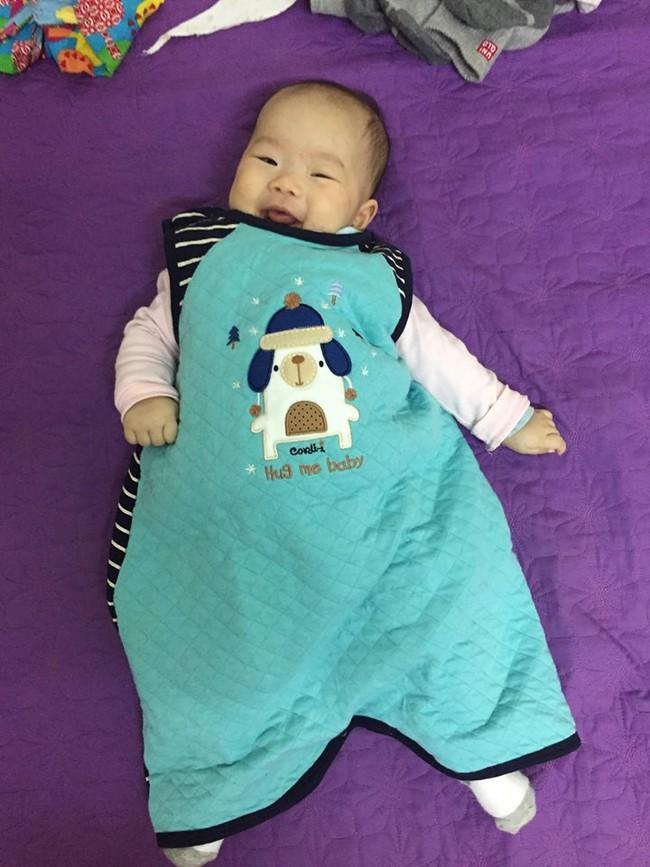Luyện con tự ngủ từ 9 ngày tuổi, sau đúng 1 tuần mẹ 9x đã giúp con vào nếp tốt như chiếc đồng hồ báo thức - Ảnh 2.