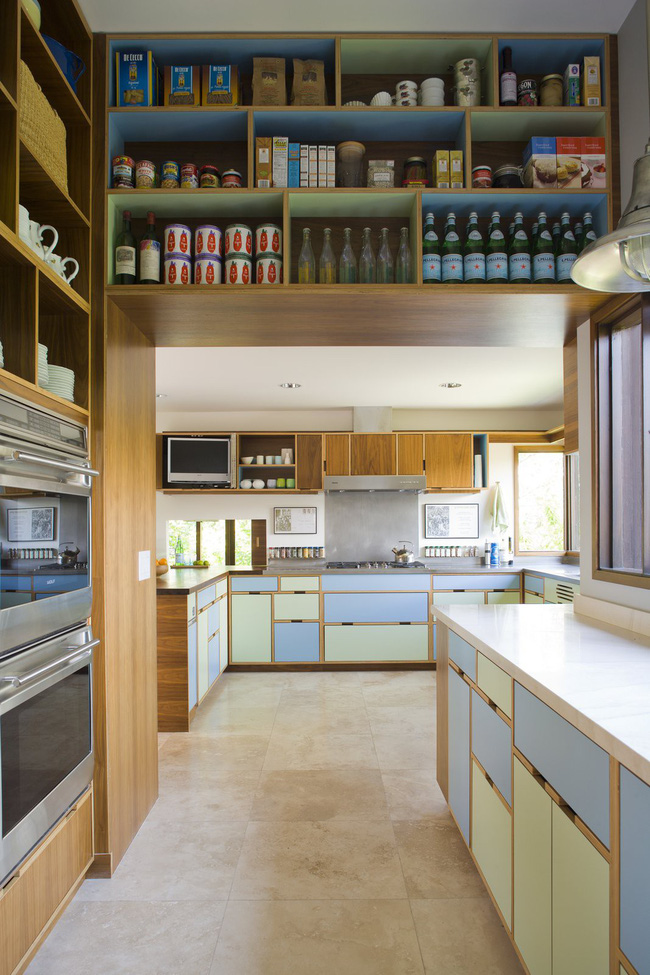 Mỗi căn một kiểu nhưng sau cải tạo, 2 phòng bếp này đều đẹp và tiện dụng đến bất ngờ  - Ảnh 4.