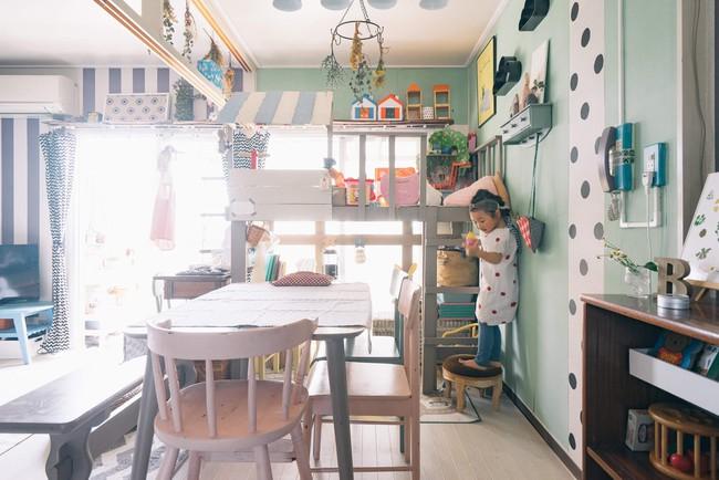 Căn hộ tràn ngập sắc màu hạnh phúc, góc nào cũng vô cùng đặc biệt của bà mẹ đơn thân với 2 con nhỏ ở Tokyo, Nhật Bản - Ảnh 6.