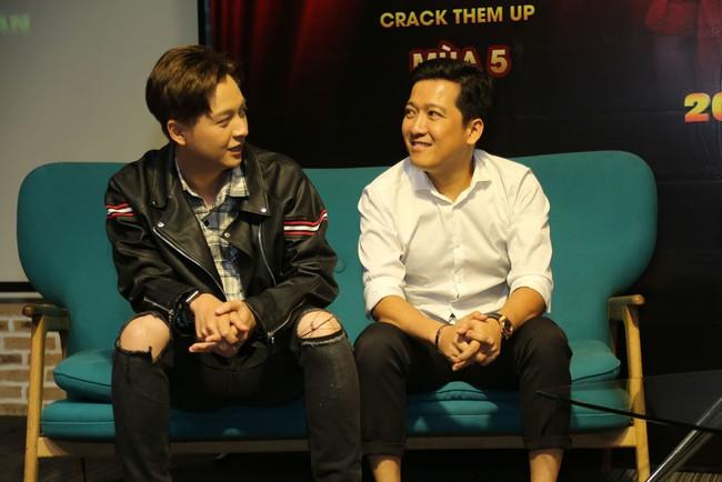 Trường Giang - Ngô Kiến Huy bỏ họp báo Thách thức danh hài nửa chừng để chạy đi quay gameshow khác - Ảnh 5.