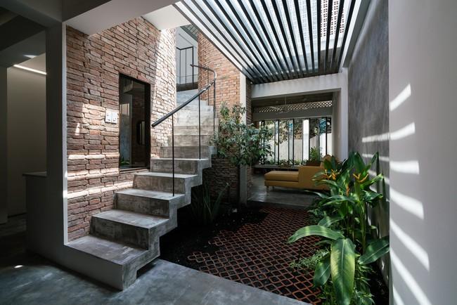 Ngôi nhà cấp 4 hóa biệt thự sân vườn đẹp thuyết phục tại Sài Gòn - Ảnh 7.