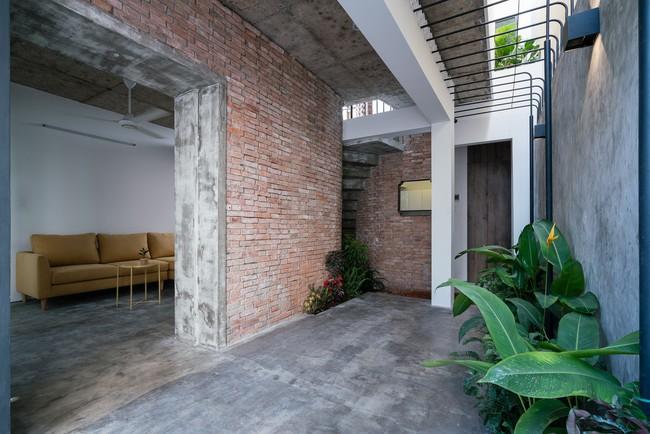 Ngôi nhà cấp 4 hóa biệt thự sân vườn đẹp thuyết phục tại Sài Gòn - Ảnh 8.