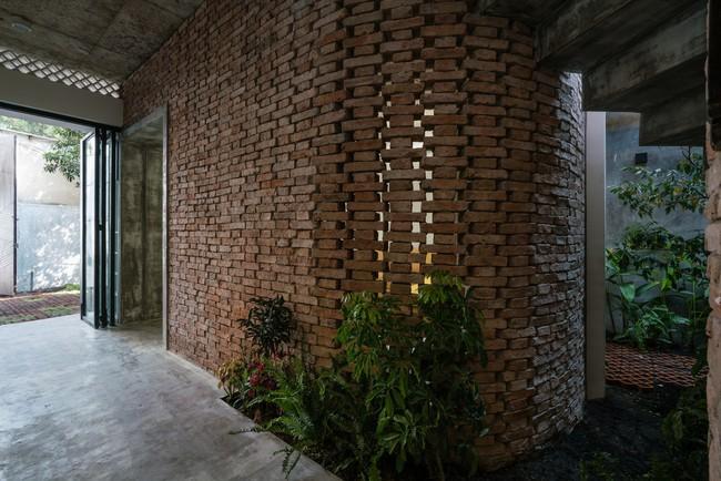 Ngôi nhà cấp 4 hóa biệt thự sân vườn đẹp thuyết phục tại Sài Gòn - Ảnh 14.
