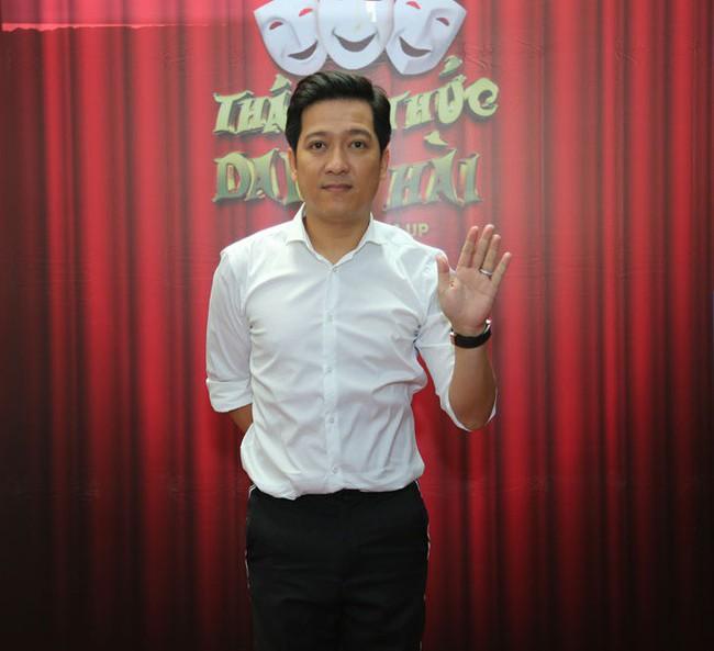 Trường Giang - Ngô Kiến Huy bỏ họp báo Thách thức danh hài nửa chừng để chạy đi quay gameshow khác - Ảnh 2.