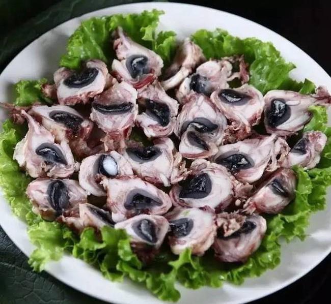Những món ăn kinh dị sợ chết khiếp ở Giang Tô - một trong tứ đại trường phái ẩm thực lớn nhất Trung Hoa  - Ảnh 6.