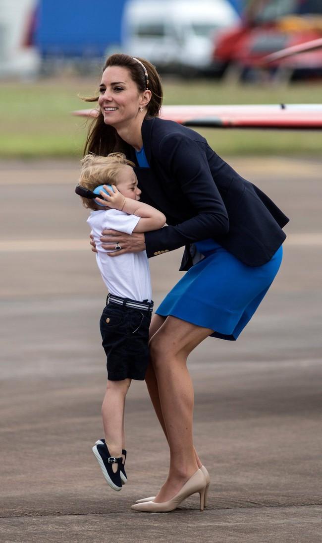 Công nương Kate Middleton tiết lộ bài học mà cô lúc nào cũng gắng hết sức để dạy dỗ các con - Ảnh 3.