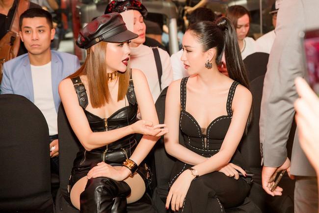 Á hậu Hà Thu tám xuyên lục địa với Minh Hằng - Minh Tú tại sự kiện - Ảnh 3.