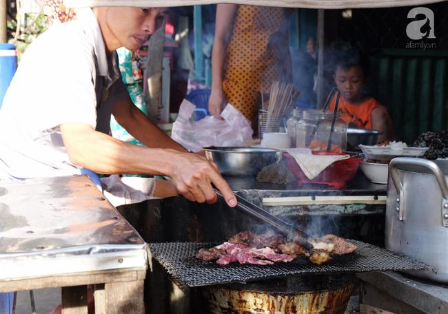 Cơm bò làng Chăm - món ngon nhớ lâu, muốn ăn phải đến trước 8 giờ sáng ở Châu Đốc - Ảnh 4.