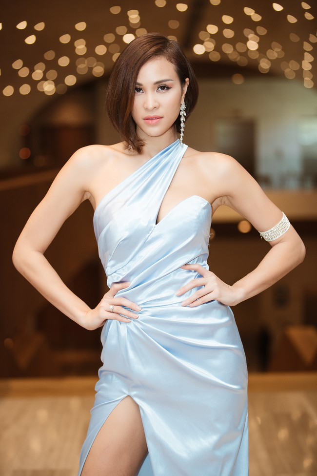 Phương Mai đọ vẻ nóng bỏng bên Hoa hậu Đỗ Mỹ Linh - Ảnh 6.