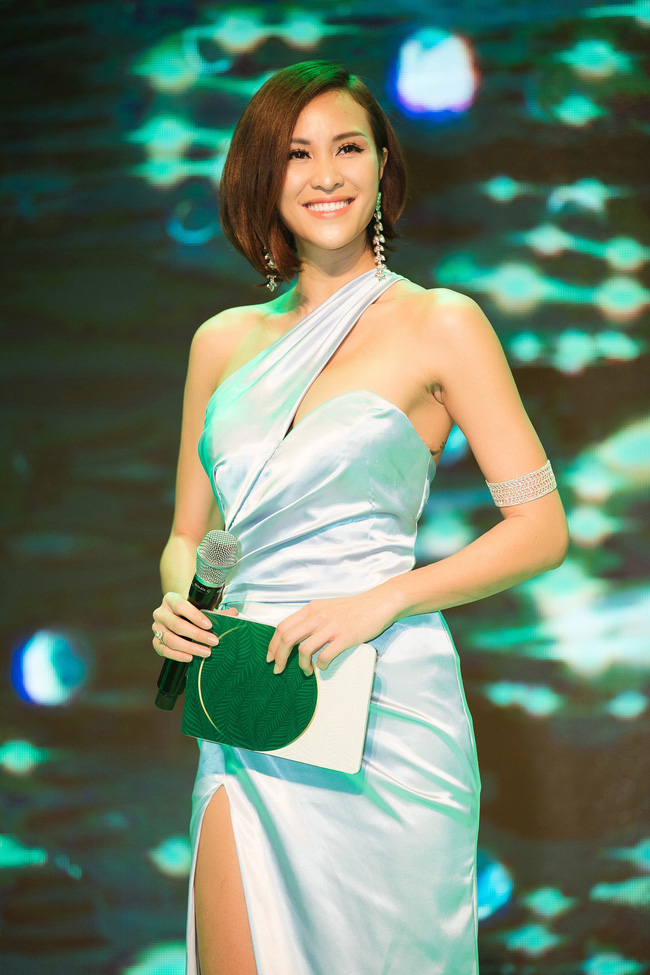 Phương Mai đọ vẻ nóng bỏng bên Hoa hậu Đỗ Mỹ Linh - Ảnh 8.