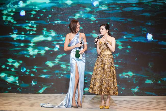 Phương Mai đọ vẻ nóng bỏng bên Hoa hậu Đỗ Mỹ Linh - Ảnh 10.